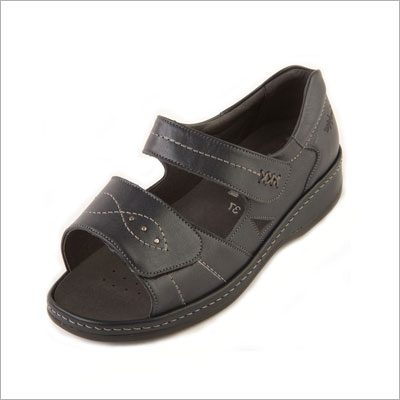 Cilla Roomy Sandal and wider fitting footwear