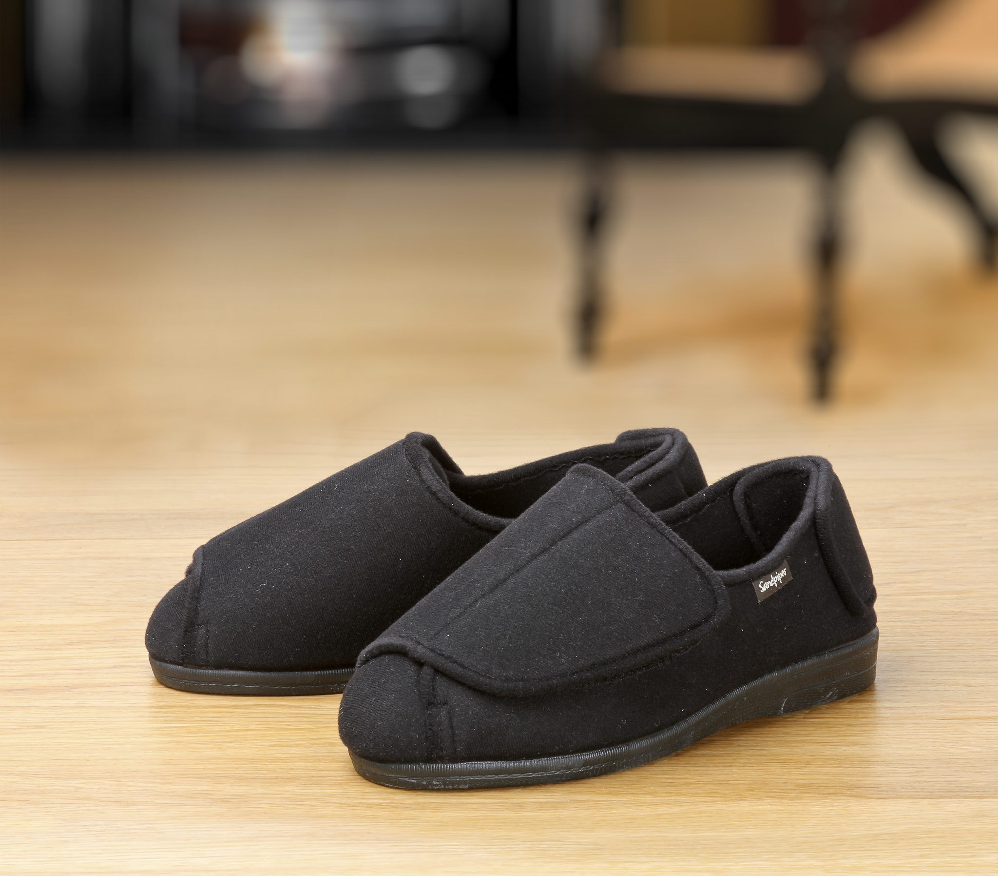 Walter Roomy Slipper and men's wider slippers