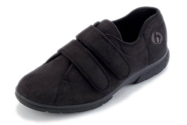 Joseph Roomy Men's Shoe